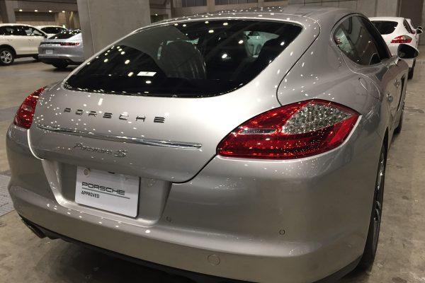 ポルシェ 中古車 パナメーラ4S