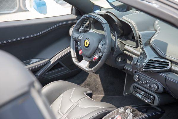 フェラーリ458 イタリア 内装