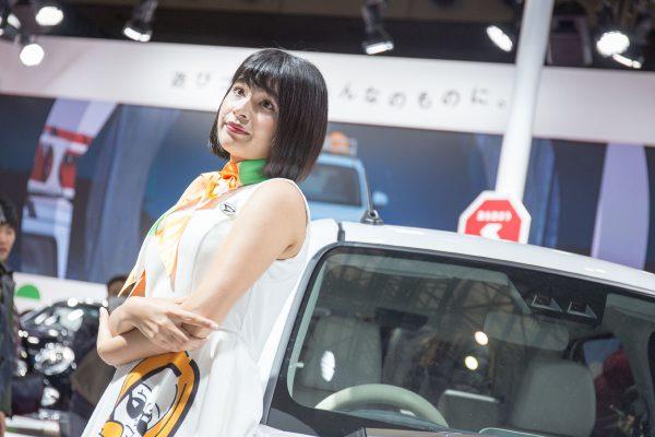 東京オートサロン2019 ダイハツ ミラ・トコット コンパニオン